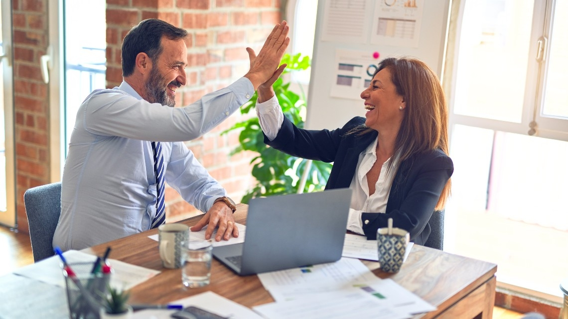 Felicidade no trabalho está no topo das prioridades dos CEO de empresas com melhor desempenho