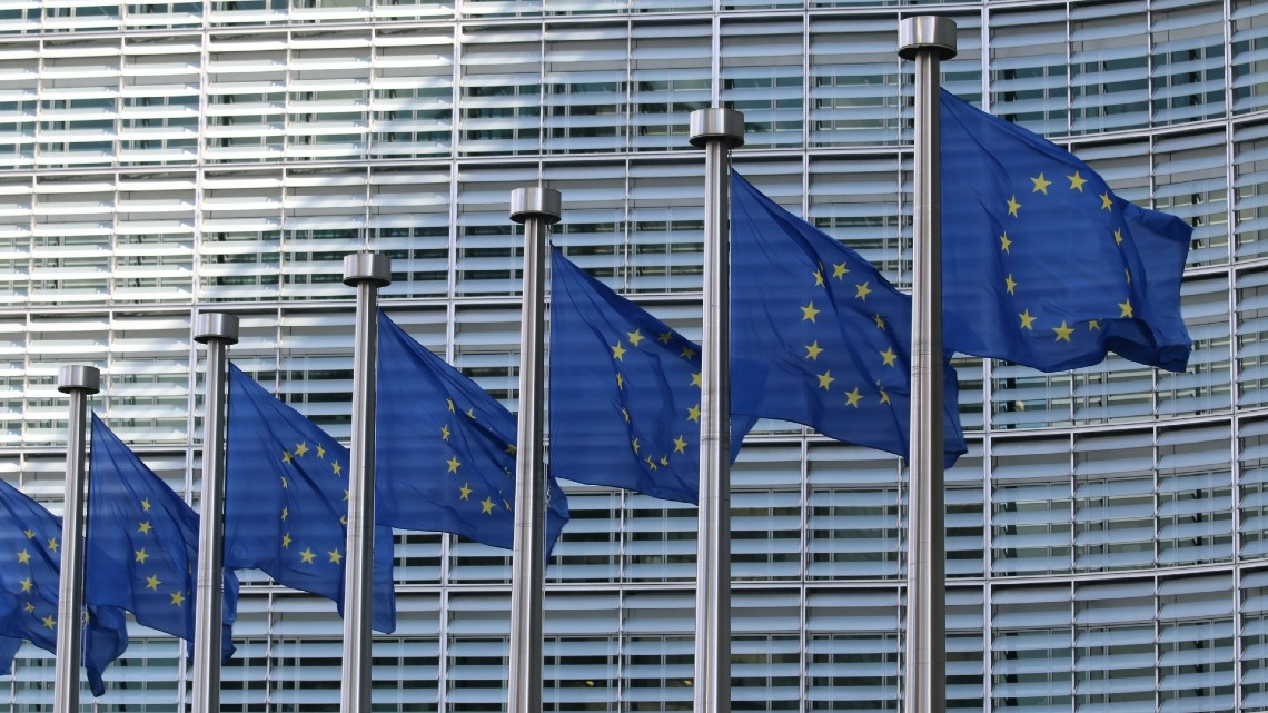 Comissão Europeia suspende proposta de imposto digital europeu
