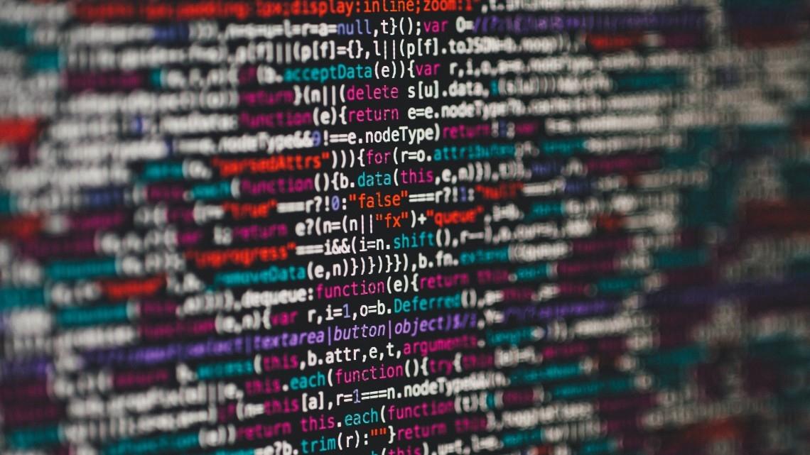 Investigador de cibersegurança descobre vulnerabilidade que permite correr código indesejado em servidores