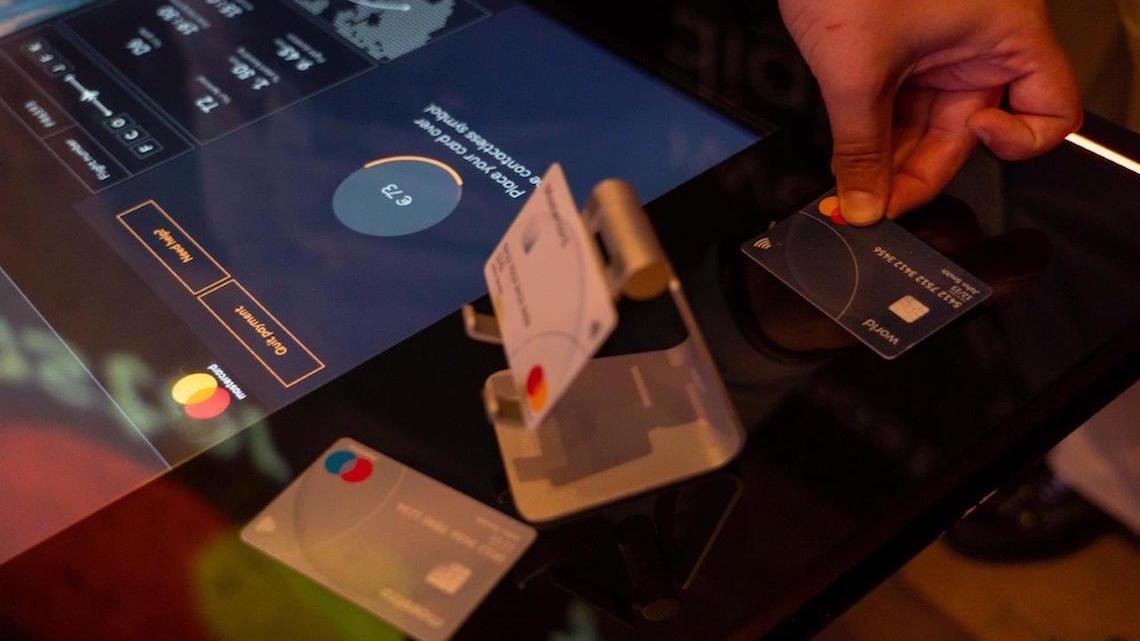 Tokens e biometria: Mastercard revela novidades que vão por fim a passwords e códigos