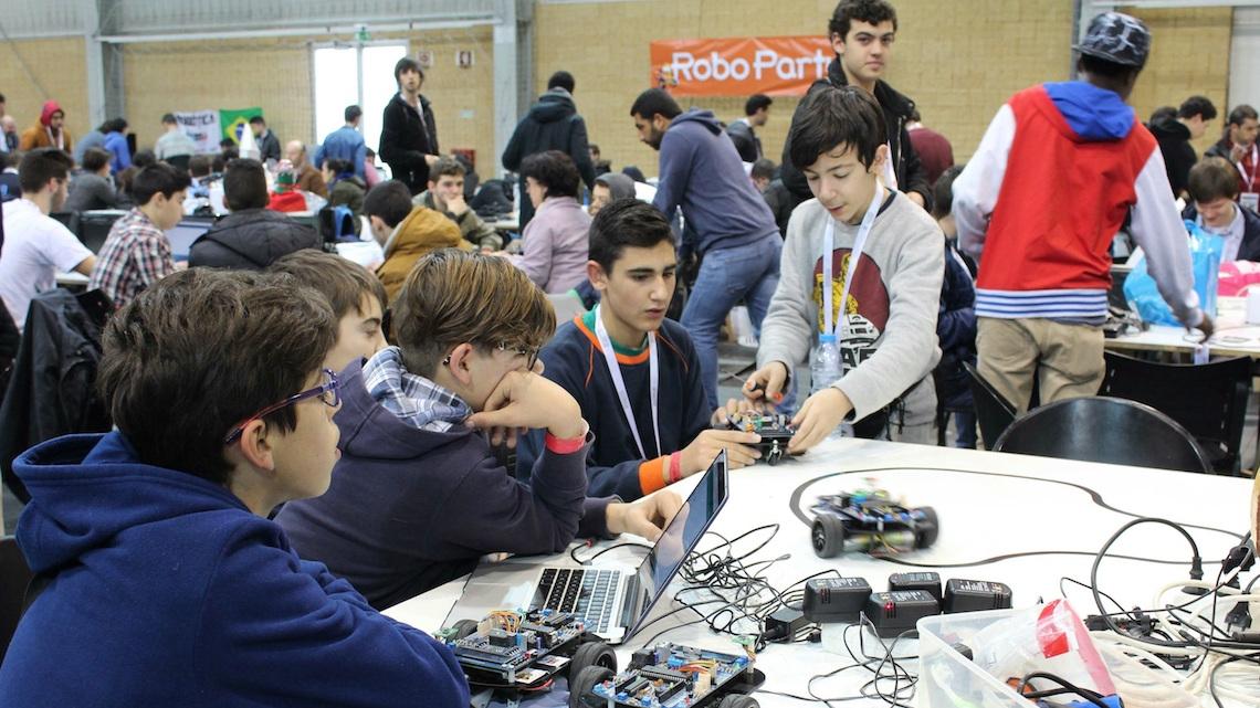 Universidade do Minho recebe maior evento de robótica educacional do mundo