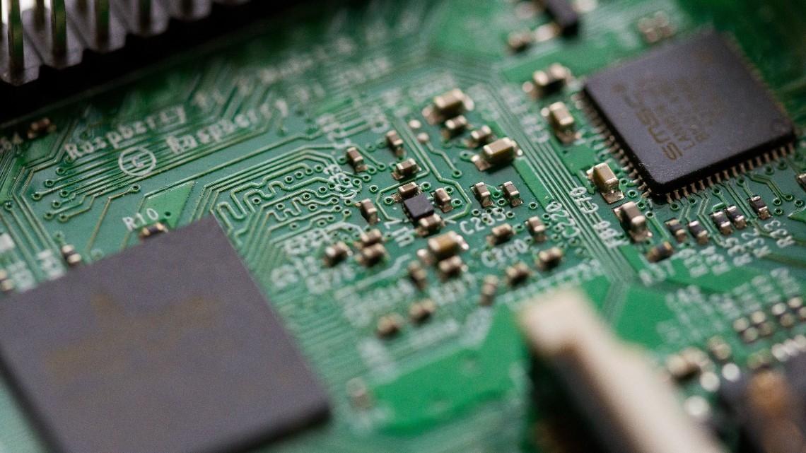 Comissão Europeia planeia lei para produção de semicondutores