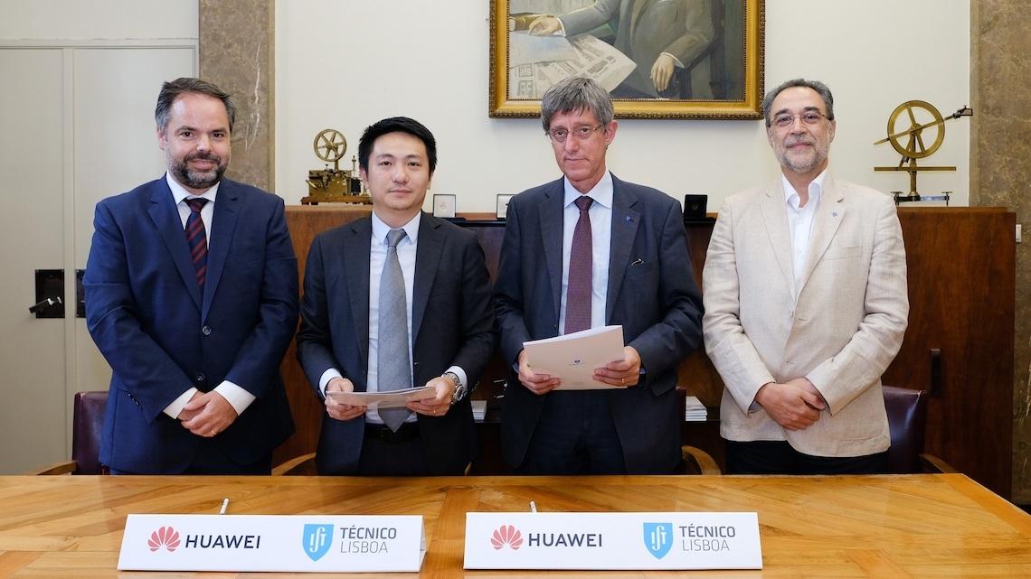 Huawei parceira do Técnico em mestrados