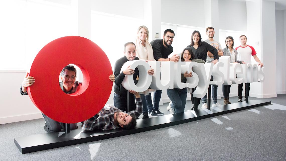 OutSystems prepara-se para contratar para escritório em Braga