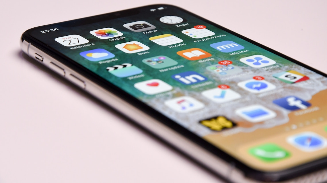Apple corta previsões de vendas do iPhone