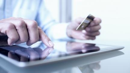 Utilização de dispositivos móveis para realizar operações financeiras aumentou no setor empresarial