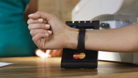 Europeus procuram cada vez mais pagamentos contactless