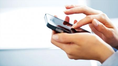 Profissionais verificam dispositivos móveis cerca de 150 vezes ao dia