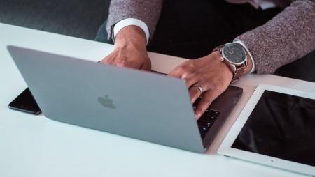 O que os CIO devem fazer para lidar com o aumento de trabalhadores remotos