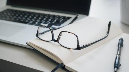 Manter uma força de trabalho híbrida conectada e eficiente é fundamental