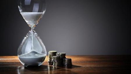 Poupança de tempo e dinheiro motivam a adoção da IA do lado dos consumidores, diz a Gartner