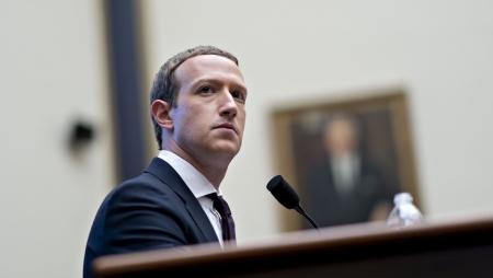 Cambridge Analytica: Facebook paga multa de 580 mil euros