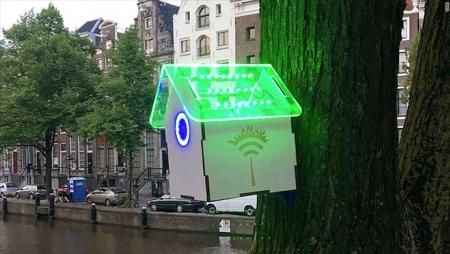 Amesterdão recompensa cidadãos com Wi-Fi gratuito consoante níveis de poluição