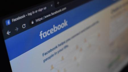 Facebook processa sites que vendiam informações do seus utilizadores
