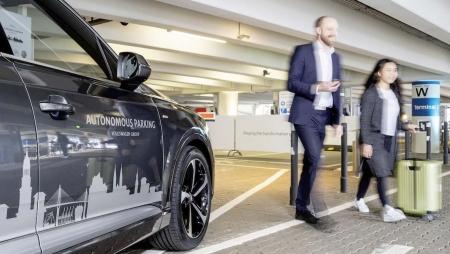 Volkswagen testa estacionamento autónomo