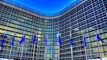 IDC fecha contrato de serviços de research e advisory com União Europeia