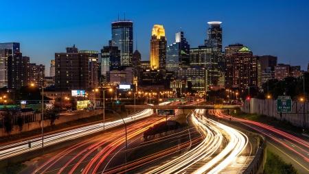 Conduzir o futuro das cidades inteligentes com a IoT