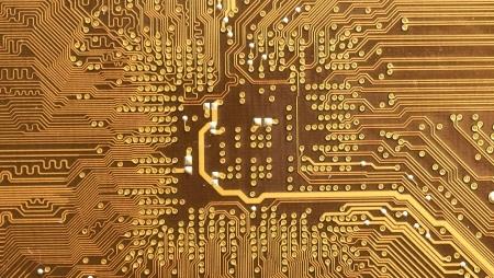 Investigador da AWS combina dois computadores quânticos para melhorar criptografia
