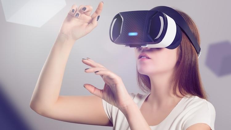 Realidade virtual e chatbots dominarão interação entre empresas e clientes