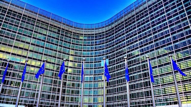 """Comissão Europeia: """"O RGPD oferece mais controlo sobre os dados pessoais"""""""