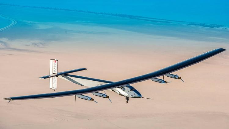 Solar Impulse termina volta ao Mundo